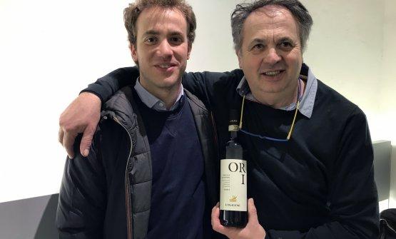 Giorgio Comotti (a destra) con il figlio Gregorio, produttori dell'azienda Il Palagione