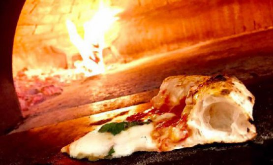 Andiamo a scoprire la pizzeria 10 di Diego Vitagliano, a Pozzuoli