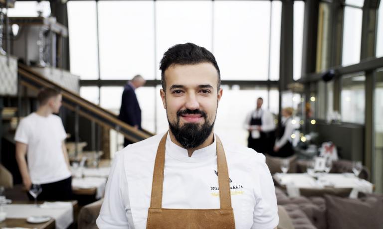 Vladimir Mukhin, chef del ristorante White Rabbit