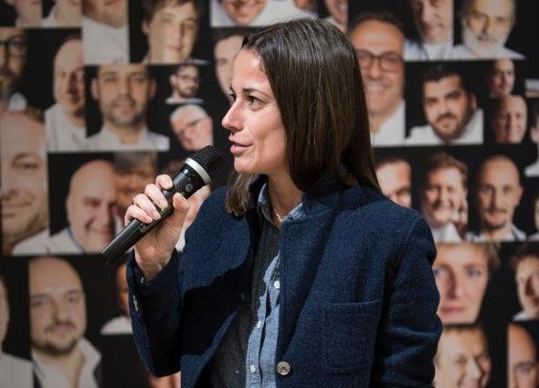 Laura Lazzaroni, premiata una settimana fa da Eataly Smeraldo a Milano come giornalista dell'anno dalla Guida ai ristoranti di Identit� Golose 2015. Caporedattrice de L'Uomo Vogue, con una lunga militanza negli Stati Uniti, si � interrogata per noi�sulla figura del critico gastronomico del futuro (foto Brambilla-Serrani)