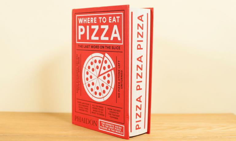 Si terrà a Milano martedì 7 giugno, alle 15,30, presso il ristorante Alice di Milano, l'attesa presentazione di Where to Eat Pizza, la guida mondiale alle migliori pizzerie curata da Daniel Young. L'evento era previsto inizialmente alla Reggia di Caserta, ma poi era saltato tra le polemiche