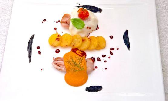 Il piatto presentato dallo chef a Taormina, a base di totani