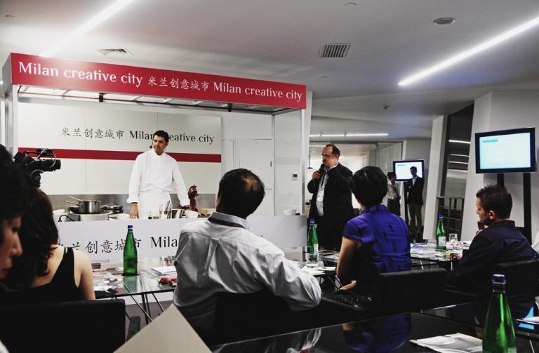 Il cooking show di Andrea Berton, chef del Trussardi alla Scala a Milano
