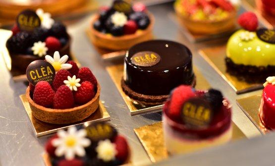 Clèa a Milano, la pasticceria di nuova generazione che gioca tra dolce e salato