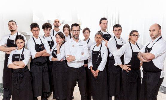 Nella squadradi Quique Dacosta a Denia (nella foto, è a sinistra dello chef)