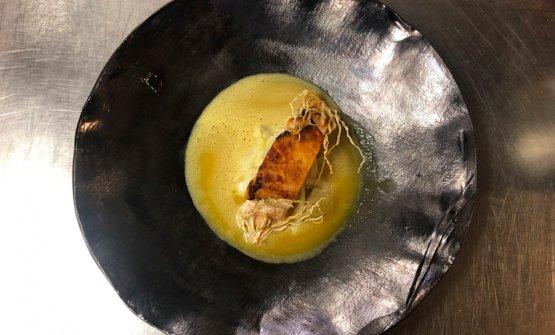 Il Petto di pollo arrostito con variazione di finocchio e salsa al curry e zafferano di Gregor Eschgfäller