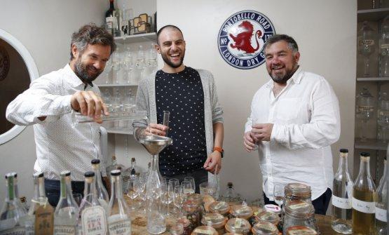 Sisti con Carlo Cracco eeJake Burger, master blender diPortobello Road Gin
