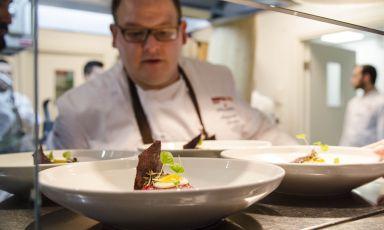 Alessandro Salvatico è stato l'ultimo protagonista di Italian & international Best Chefs a Identità Expo S.Pellegrino. Ci ha proiettati nella sua Dubai - sede del prossimo Expo - dove è chef all'Armani Ristorante