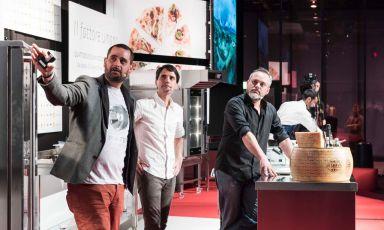 VirgilioMartínez(in the centre) with Gonzalo Urbinaand Julio Rivera(photoBrambilla/Serrani)