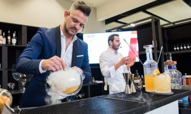 Andrea Cason e Andrea Tortora, lezione a Identità Cocktail con i grandi prodotti Agrimontana