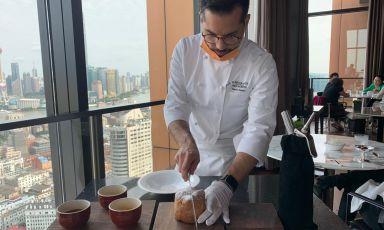 Mauro Aloisio, chef di cuisine del Ristorante di Niko Romitoal Bulgari hoteldi Shanhai