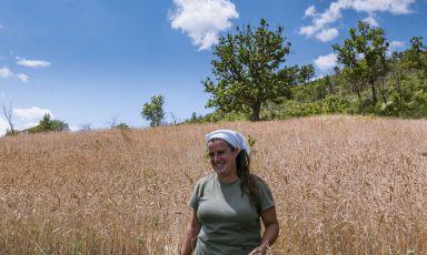 Storia di Daniela Brunetti, ingegnere aerospaziale tornata in Calabria per coltivare la terra