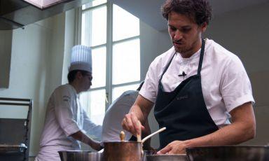 Writing a new Chile: Rodolfo Guzman's lesson at Alma