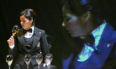 Nicoletta Gargiulo, sommelier e restaurant manager del ristorante La Serra dell'hotelAgavi di Positano (Salerno)