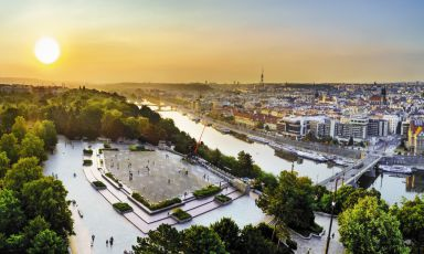 A fascinating view of Prague, a city worth discovering even from a wine & food point of view