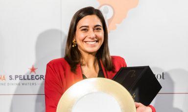 Marta Passaseo, salentina, 30 anni,in forze al ristoranteL'Imbuto di Lucca. E' premiata come sommelier dell'anno dalla Guida ai Ristoranti di Identità Golose(foto OnStage studio)