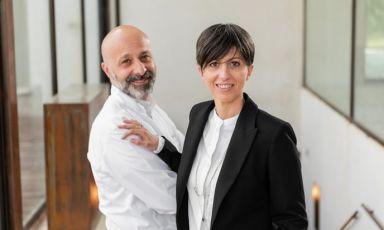 I fratelli Niko e Cristiana Romito, dal 2000 al timone del ristorante Reale, prima a Rivisondoli e poi a Castel di Sangro (L'Aquila). Foto Casadonna/Andrea Straccini
