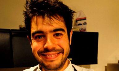 Roberto Flore, 31 anni, da poche settimane head chef del Nordic Food Lab di Copenhagen, avamposto sperimentale fondato nel 2009 da Rene Redzepi e Claus Meyer, dedicato alla ricerca open-source della squisitezza degli alimenti