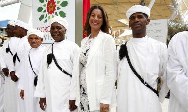 Samya Abbary l'altro giorno al padiglione marocchino, prima di pranzare a Identità Expo. A settembre riprende la sua rubrica di cucina ogni giorno, da lunedì al venerdì, su Canale 5, nell'ambito della trasmissione Mattino 5 (fotoExpo 2015/Daniele Mascolo)