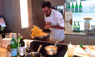 Luciano Monosilio, chef at Pipero al Rex in Rome, was the protagonist, a few hours ago, of Identità di Pasta, the weekly event organised at Identità Expo S.Pellegrino in collaboration with Pastificio Felicetti