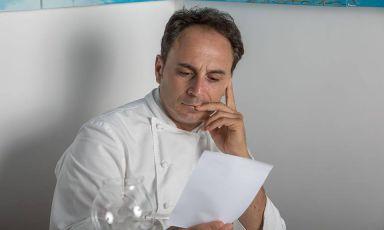 Nino Di Costanzo,chef di Danì Maison a Ischia, è una delle firme più note presenti in questa carrellata