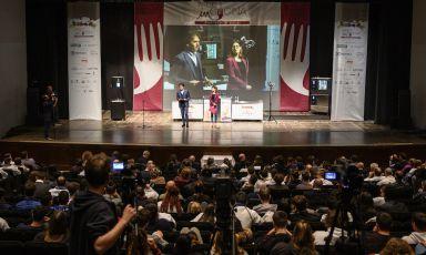 Il palco di Meet in Cucina Marche 2019, al teatro La Fenice di Senigallia. Tutte le foto sono di Andrea Straccini