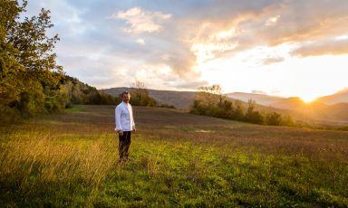 Riccardo Agostini che porta a Milano i sapori dell'aia, dell'orto, dei boschi