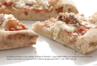 Acciughe pomodoro e pan grattato su pasta di Petra® 3 - Scatto di Carlo Baroni