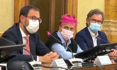 Il ministro Stefano Patuanelli, Cristina Bowerman e Carlo Cracco al termine del primo tavolo tecnico dedicato alla gastronomia italiana, che si è tenuto poche ore fa