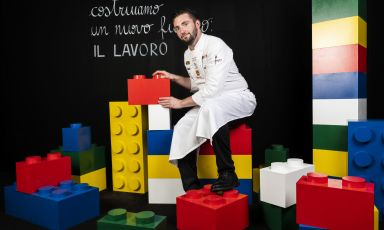 Lo chef Alberto Quadrio, del ristorante Cucine Nervi, a Gattinara, è stato tra i relatorinell'appena trascorsa edizione di Identità Milano, che ha avuto come tema portante Il lavoro