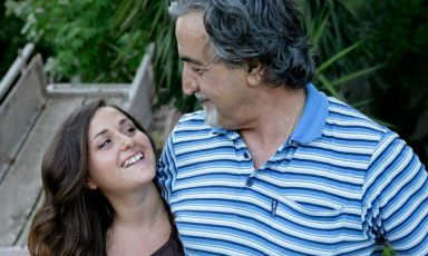 Young Caterina Ceraudo, here beside her father, Roberto, is now the chef at family restaurant Dattilo, where she took her first steps, at an early age, helping around the tables on her free days. She then fell in love with this job, studied at Niko Romito's Scuola di Alta formazione e Specializzazione professionale, and returned to Calabria to face the challenge in the family kitchen