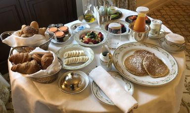 La Colazione americana in camera del Four Seasons
