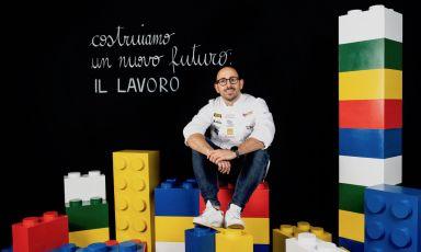 Davide Di Fabio , qui nel ritratto di Brambrilla - Serrani, è stato relatore a Identità Golose a fine settembre 2021