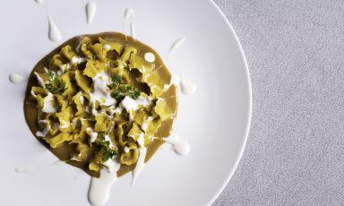 Plin di anatra, zuppetta al foie gras e salsa al l
