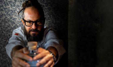 Marcello Trentini, chef del Magorabin di Torino, si lancia nel mercato dei cocktail ready to drink, ma d'autore, con la sua nuova lineaDelMago Drinks