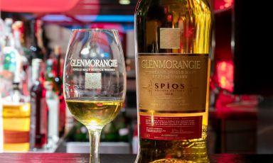 Glenmorangie Spìos, il whisky invecchiato in ex botti di whiskey