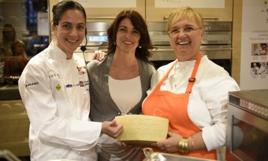 Elisabetta Serraiotto, Marketing & Comminication Manager of Consorzio di Tutela Grana Padano, with Rosanna Marziale and Lidia Bastianich at Identità Golose New York 2014 (photo credit Francesca Brambilla e Serena Serrani)