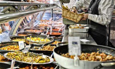 Fate acquisti in gastronomia, a Natale? Dieci regole ferree che occorre seguire (con relative sanzioni)