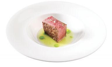 Rib steak in broth from Riccardo Camanini (ph Brambilla-Serrani)