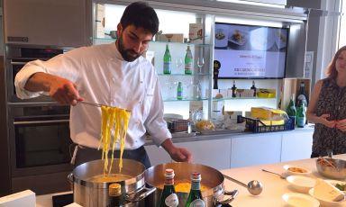 E' stato il giovane Riccardo Gaspari il protagonista odierno di Identità di Pasta. Lui è chef de El Brite de Larieto (localitá Larieto, Strada per Passo Tre Croci, a Cortina d'Ampezzo. Tel: +39.368.7008083)