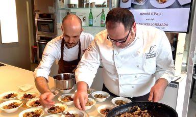 Vitantonio Lombardo durante lo showcooking ieri a Identità Expo. Lo chef lavora alla Locanda Severino di Caggiano (Provincia di Salerno. Tel: +39.0975.393905)