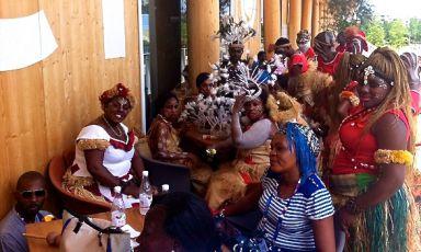 L'affollata e variopinta delegazione del Benin, ieri a Identità ExpoS.Pellegrino