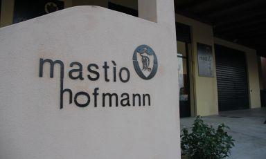 Mastìo Hofmann, cantina gioiello nel cuore delle Baronie
