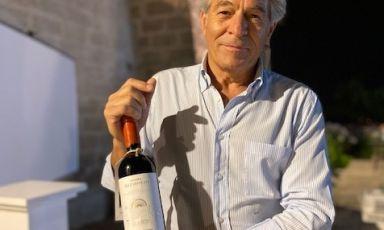 Mimmo Varvaglione e il nuovo vino per il centenario. Foto Vat
