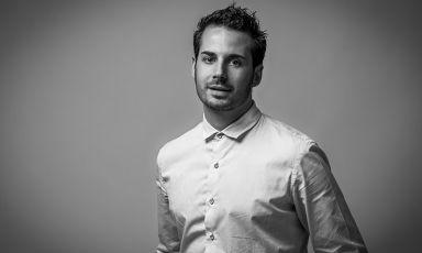 Minimale, essenziale, pulita: Andrea Tortora ci racconta quale sia la sua idea di pasticceria del futuro