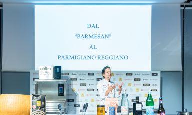 Jessica Rosval folgorata dal Parmigiano Reggiano: «In Canada lavoravo col parmesan», addio senza rimpianti