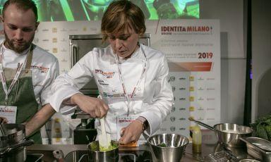 Antonia Klugmann in gita nell'altrove
