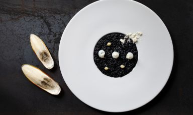 nero su nero: il piatto del 2021 di Piergiorgio Siviero
