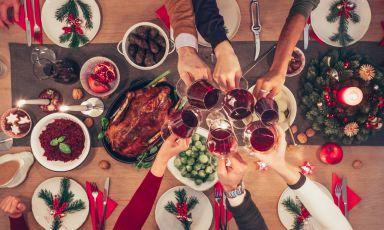 Il cibo è socialità: una sala dell'amicizia da Marc Lanteri al Castello di Grinzane