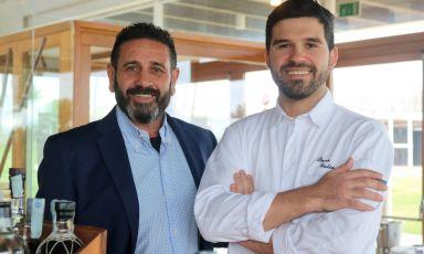 Mauro Malandrino e Luca Gulino, rispettivamente patron e nuovo chef de La Fenice all'hotel Villa Carlotta di Ragusa, in Sicilia